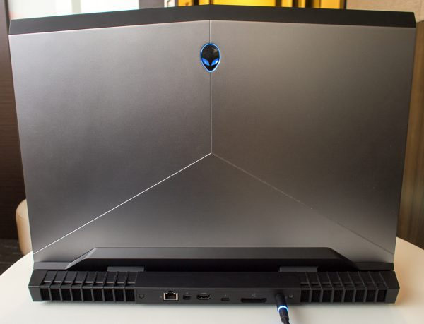 Review — Alienware 17 (AW17R4) a fine contender for VR-ready desktop