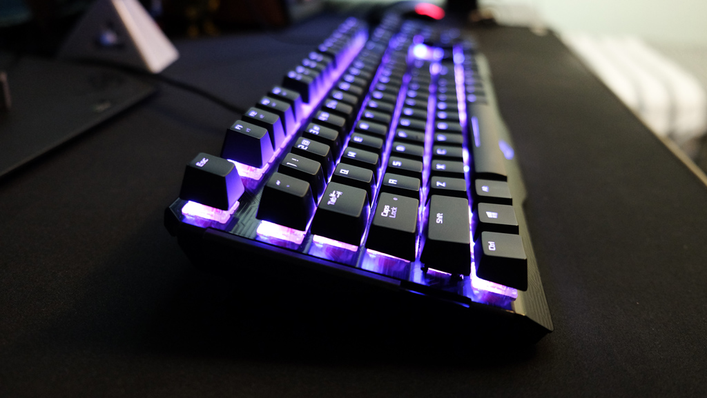ASUS ROG Claymore Gaming Keyboard Review - Two pieces, one