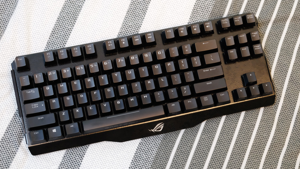ASUS ROG Claymore Gaming Keyboard Review - Two pieces, one keyboard