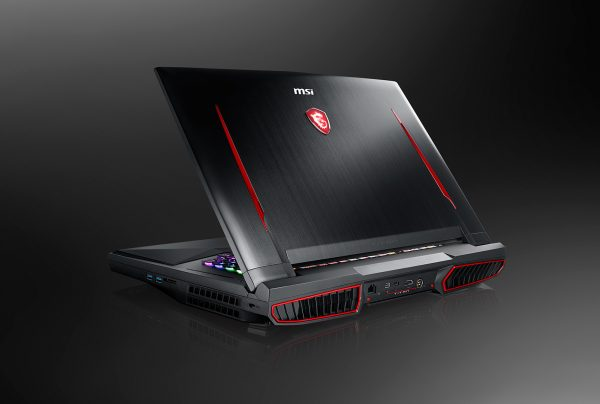 MSI Notebook GT71 Titan 04