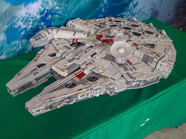 Legoland Malaysia Star Wars Days 2018 - UCS Milennium Falcon