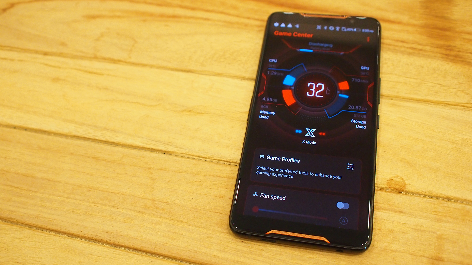 Hands-on with the ASUS ROG Phone - GameAxis