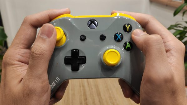 Xbox One Greaseproof Controller - 03